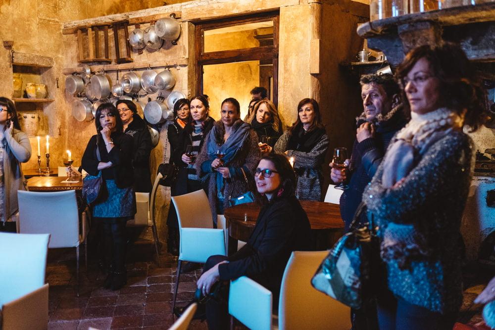 Gli ospiti iniziano ad arrivare a Castello. Foto di Mauro Cantoro